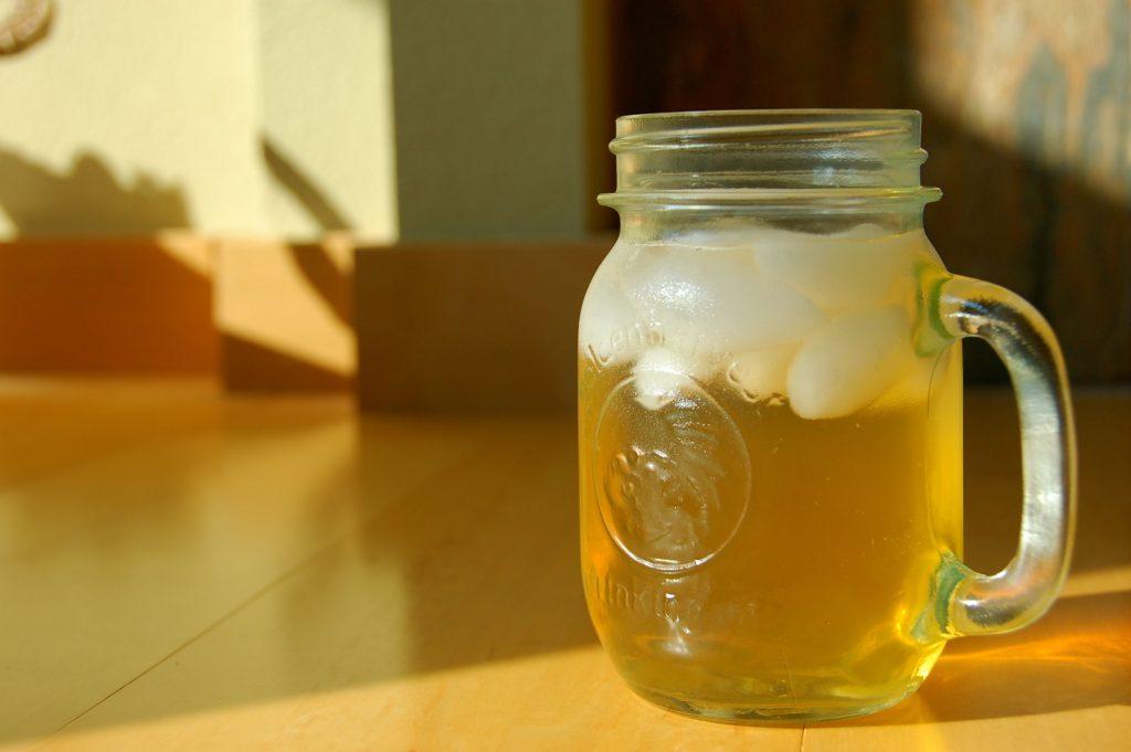 Sağlıklı içecek önerisi olarak 2200 yıllık alternatif Kombucha (Kombu çayı)