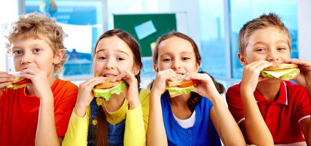 Okul Çağında Beslenme Nasıl Olmalı?